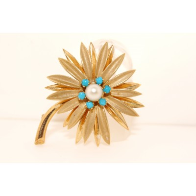 Gold Vintage Flower Pin