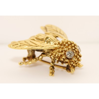 18K Yellow Gold Diamond Vintage Bee Pin