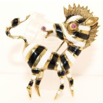 14K Yellow Gold Vintage Zebra Pin