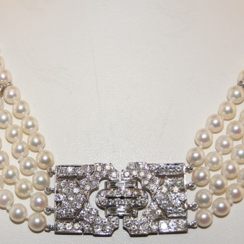 Platinum and Diamond Vintage Pearl Necklace.